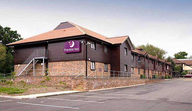 Hotel Review: Premier Inn Chessington.